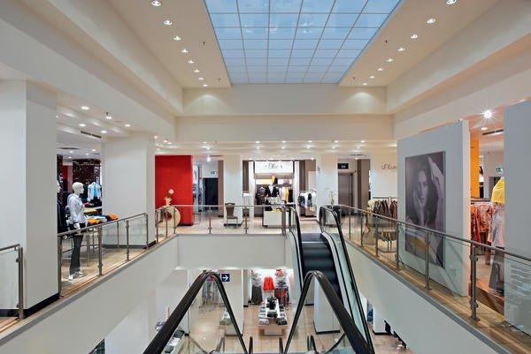 Das richtige Licht im Einzelhandel. Licht lockt Leute - BM online
