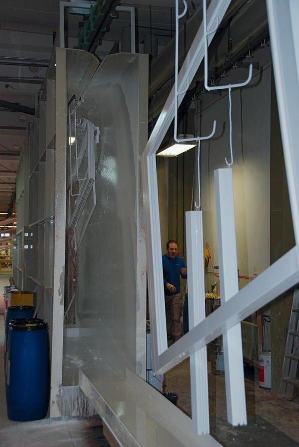Flutverfahren sichert hohe oberfl chenqualit t flexibel und effizient bm online - Fenster bodelshausen ...
