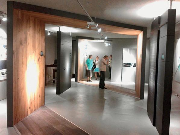 kleine t ren manufaktur neuer flagship store an der mosel bm online. Black Bedroom Furniture Sets. Home Design Ideas