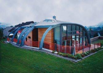 energiesparend und futuristisch iglu mit high tech verglasung bm online. Black Bedroom Furniture Sets. Home Design Ideas