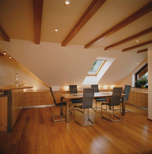beleuchtung esstisch dachschr ge standvanstad. Black Bedroom Furniture Sets. Home Design Ideas