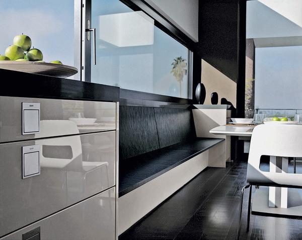 Küchenblock mit sitzbank  Sonderanfertigungen machen Küchenprogramme individuell. Nicht von ...