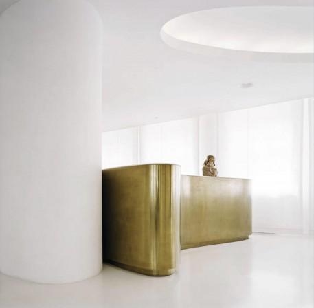 Mit Midas Metall können Möbel und Wände dekorativ gestaltet werden ...