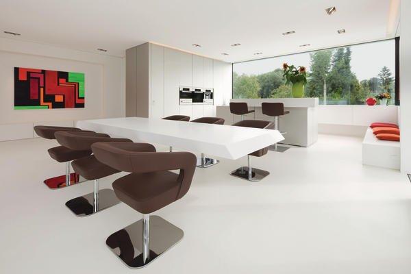 schreinermeister karl dreer baut f r seine familie eine villa mit exquisitem interieur wenn. Black Bedroom Furniture Sets. Home Design Ideas