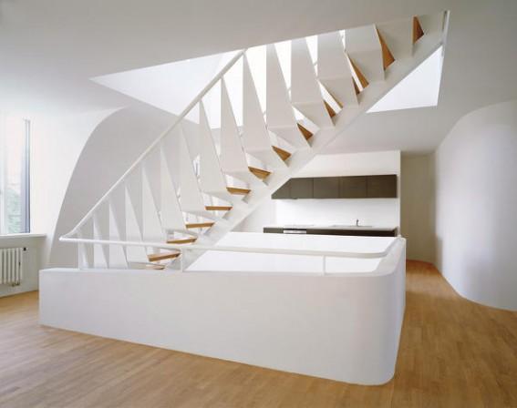 Treppenbrüstung zwei ebenen als hülle für einen bauphysikalisch sicheren dachausbau