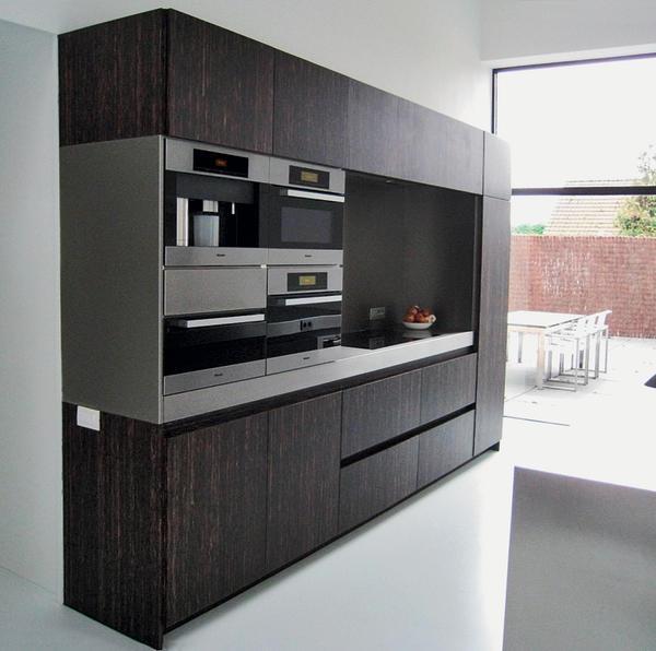 hermann wischer gmbh nutzt das holz der sogenannten black palm palmenprodukte lassen sich wie. Black Bedroom Furniture Sets. Home Design Ideas