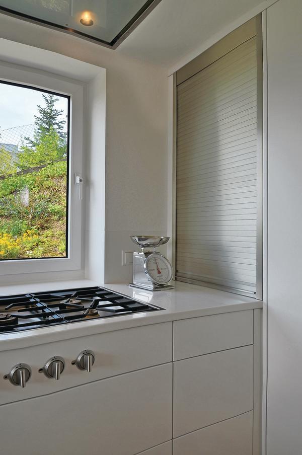 neugestaltung einer k che mit essplatz in vaihingen enz kompakt geplant bm online. Black Bedroom Furniture Sets. Home Design Ideas
