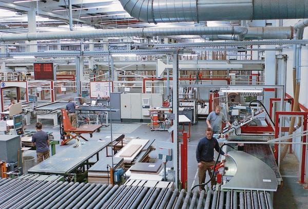 kuchenmobelhersteller nobilia : Leitz und Nobilia entwickeln neue Werkzeugl?sung. Arbeitsplatten mit ...