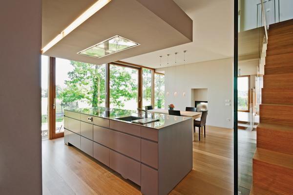 innenausbau eines wohnhauses in holzrahmenbauweise fein geschichtet bm online. Black Bedroom Furniture Sets. Home Design Ideas