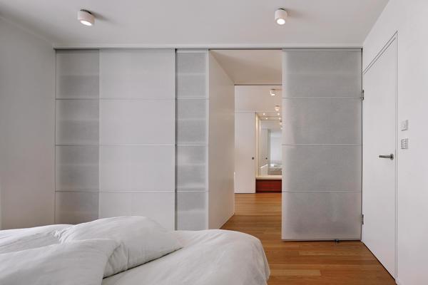 umbau und modernisierung eines wohnhauses in stuttgart vielschichtig bm online. Black Bedroom Furniture Sets. Home Design Ideas