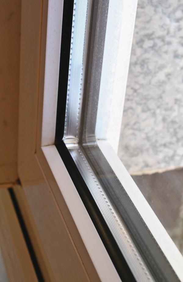 Warme kante abstandhalter bei isolierglas scheinbar for Fenster warme kante