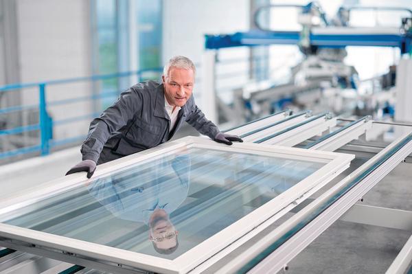 St rtz maschinenbau gmbh zeigt umfangreiche neuheiten for Kunststofffenster test