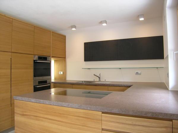k chen aus der werkstatt von reinhold stoll in s dtirol reduziert gestaltet bm online. Black Bedroom Furniture Sets. Home Design Ideas