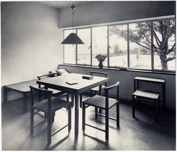 ausstellung im museum angewandte kunst in frankfurt das prinzip kramer design f r den. Black Bedroom Furniture Sets. Home Design Ideas