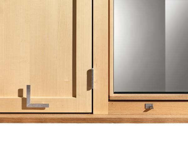 neue sichtweise schwarzmann bietet holzfenster mit integrierten l den eingerahmt und. Black Bedroom Furniture Sets. Home Design Ideas
