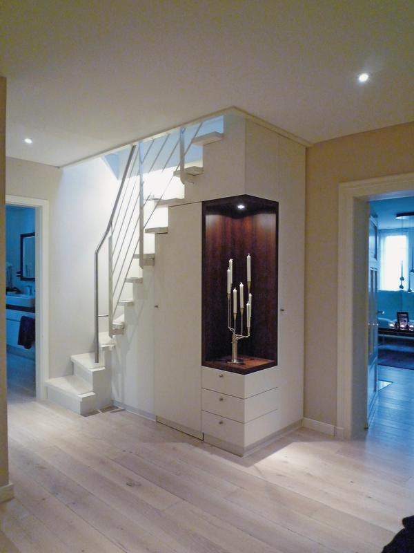innenausbau der dachgeschosswohnung einer historischen villa in marburg feines ambiente bm online. Black Bedroom Furniture Sets. Home Design Ideas