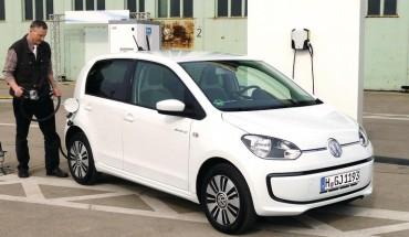 Stromer: Der VW e-load up! bietet max. 160 km Reichweite. Mit optionalem Ladesystem CCS ist er schnell wieder fahrbereit. (Fotos: Thomas Dietrich)