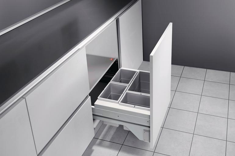 hailo bietet abfalltrennsysteme f r beengte einbausituationen wenns eng zugeht unter der sp le. Black Bedroom Furniture Sets. Home Design Ideas