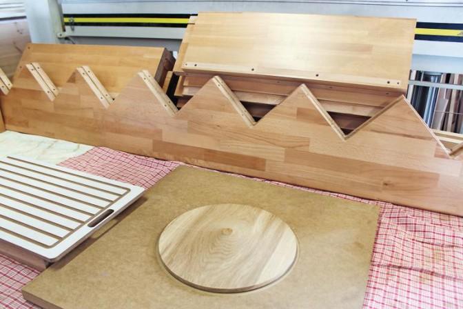 tischlerei m hr setzt auf vertikale evolution kompakter. Black Bedroom Furniture Sets. Home Design Ideas