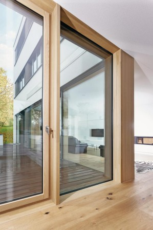 unilux bietet holz alu gro fl chent ren gro e ma e f r. Black Bedroom Furniture Sets. Home Design Ideas