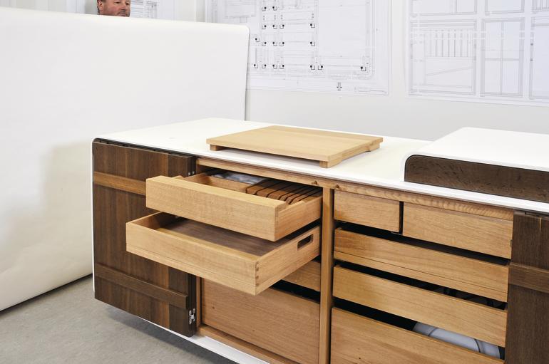Outdoorküche Möbel Quiz : Meisterstück in eiche räuchereiche und mineralwerkstoff. outdoor