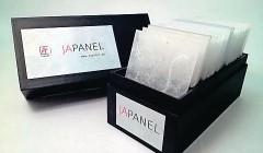 Neu ist die Box mit 15 transluzenten Musterplatten.
