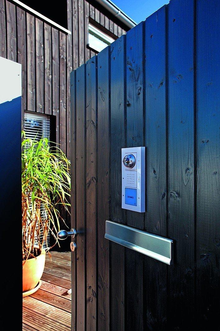 Holzhaus mit intelligenter Gebäudetechnik. Smart Home trifft Holz ...