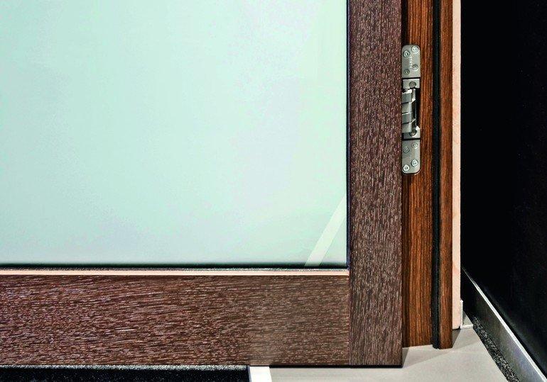 sch rghuber verzichtet auf glasleisten funktion trifft auf transparenz bm online. Black Bedroom Furniture Sets. Home Design Ideas