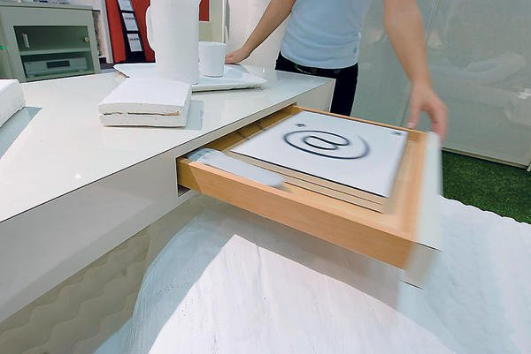 mehr komfort mit h fele functionality im schlafzimmer. Black Bedroom Furniture Sets. Home Design Ideas