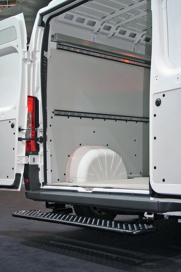 bm markt bersicht transporter bis 3 5 t zul ssiges. Black Bedroom Furniture Sets. Home Design Ideas