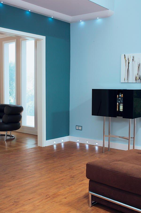zierleisten und dekorprofile klassisch oder modern akzente in der raumgestaltung bm online. Black Bedroom Furniture Sets. Home Design Ideas