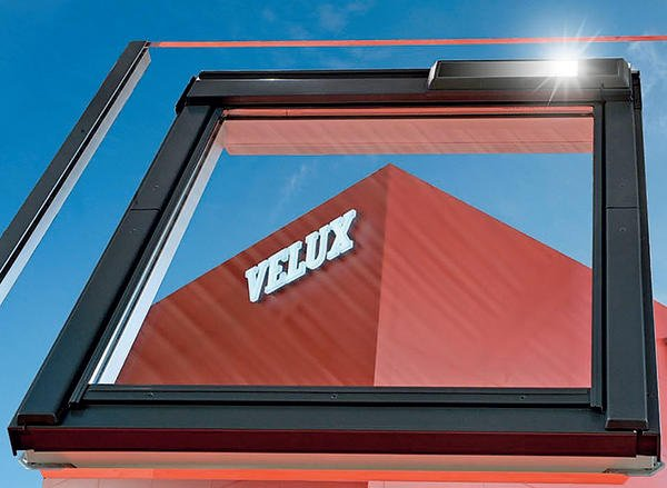 solarbetriebenes dachfenster bm online. Black Bedroom Furniture Sets. Home Design Ideas