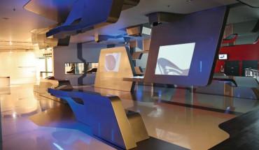 ausdrucksstarke innenarchitektur in der autostadt. Black Bedroom Furniture Sets. Home Design Ideas