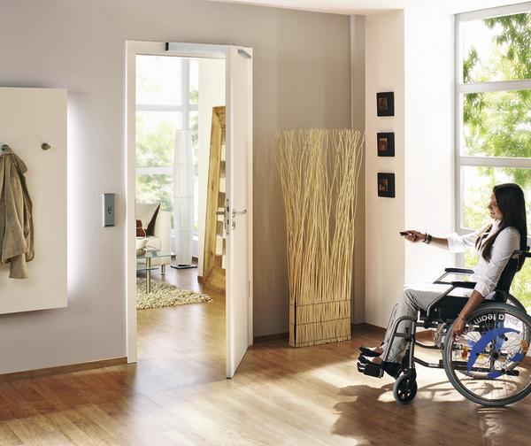 t ren und fenster per tastendruck ffnen bm online. Black Bedroom Furniture Sets. Home Design Ideas