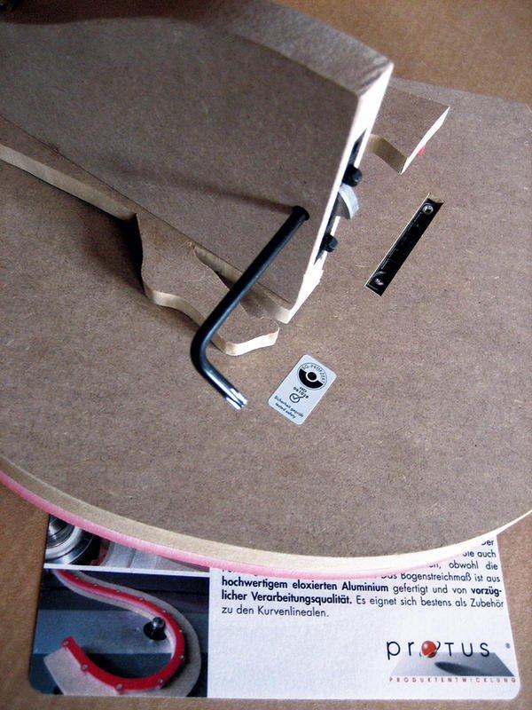neue werbetafel von protus kurven fr sen leicht gemacht bm online. Black Bedroom Furniture Sets. Home Design Ideas