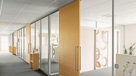 Trennwand_S1500,_Glas,_Büro,_Gewerbe,_Besprechungsraum,_Raumteiler,_Schiebetür,_Gleittür,_Holz,_Partition_wall_S1500,_glass,_office,_business,_meeting_room,_room_divider,_sliding_door,_sliding,_wood