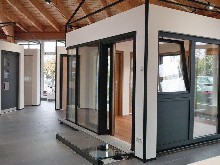 erfolgreiches pilotprojekt von d pfner und siegenia lieber lokomotive als waggon bm online. Black Bedroom Furniture Sets. Home Design Ideas