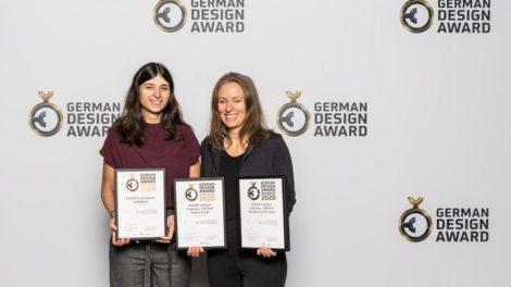 Egger_Award.jpg