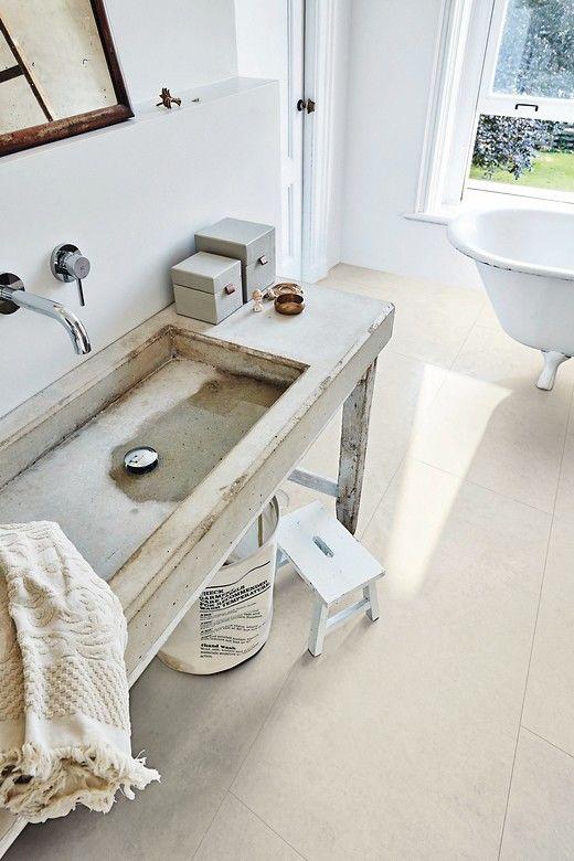 Meister bietet wasserfeste Designböden und Fußleisten ...