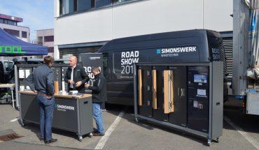 SIMONSWERK_Roadshow_2017_Mobiles_Messesystem.jpg