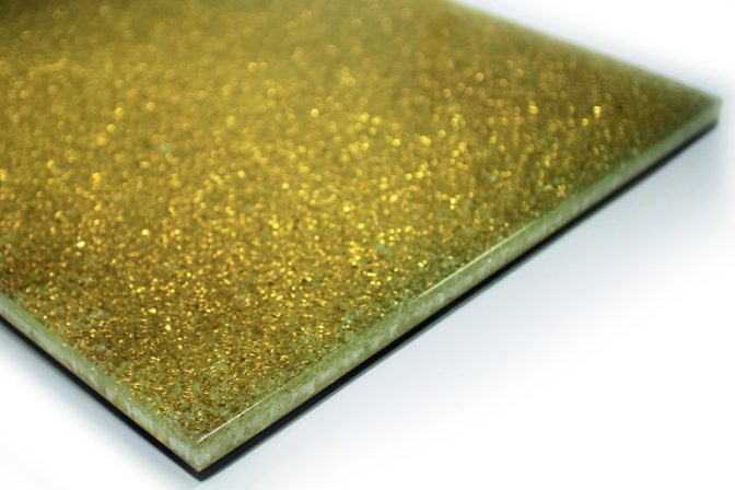 Lohnitz glas spiegel perfektioniert golddruck auf glas for Spiegel kontakt redaktion