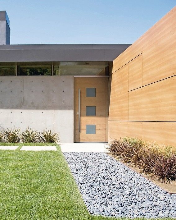Exterior_of_modern_house