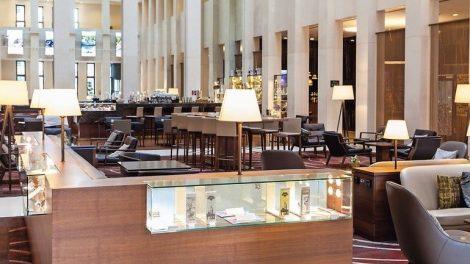ZH_Marriot_Foyer-03.jpg