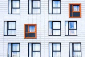 facade-828984_1920.jpg