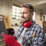 Professional_carpenter_in_workshop.