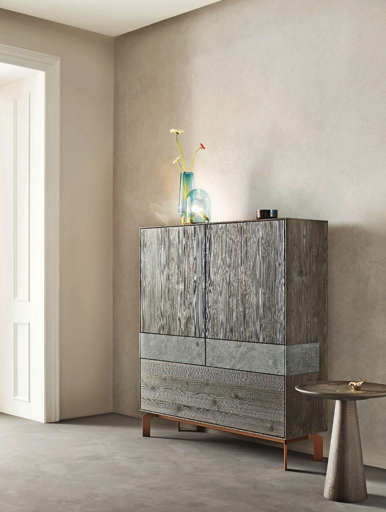 puro_stone_in_bergfichte_gebuerstet_highboard_441.jpg