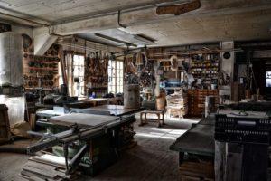 workshop-4863393_1920.jpg